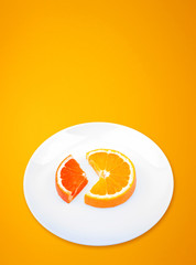 Slices of orange and grapefruit like diagramm