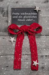 Frohe Weihnachten - Weihnachtskarte mit Rot und rustikal