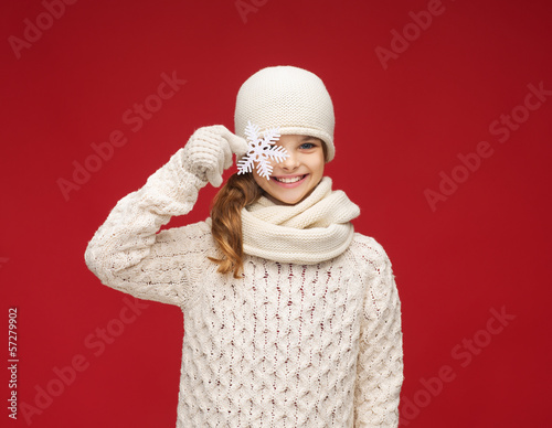 girl with big snowflake