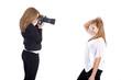 2 junge Frauen haben Fotoshooting