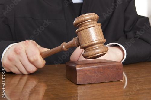 Judge - 57290593