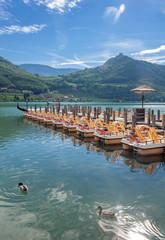 Touristenziel Kalterer See bei Meran in Südtirol