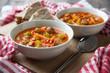 Gulaschsuppe mit Gemüse und Sojabrocken
