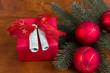 Weihnachtspräsent mit Geldscheinen