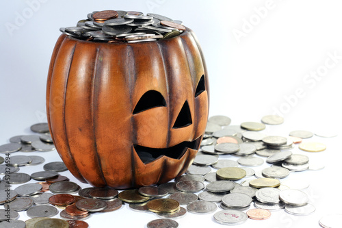 pumpkin and coin