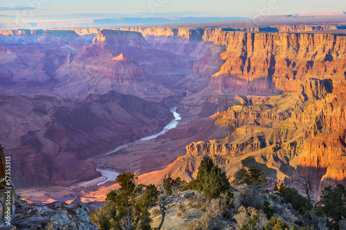 Leinwanddruck Bild Majestic Vista of the Grand Canyon at Dusk
