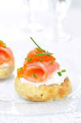 appetizer - potato bun with salted salmon, red caviar and chives