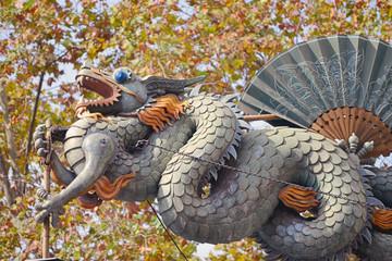 Escultura de un dragon. Mercat de la Boqueria. Barcelona