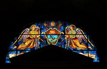 Rom, Kirchenfenster mit Engeln