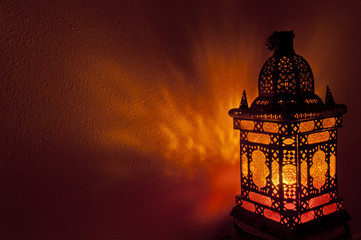 Moroccan lantern with gold colored glass