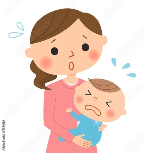 母親と泣く赤ちゃん