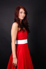 Frau mit rotem Abend Kleid