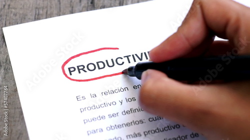 Circling Productivity with a pen (In Spanish)