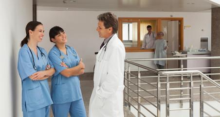 Three discoursing doctors