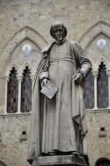 Statua di Sallustio Bandini, Siena