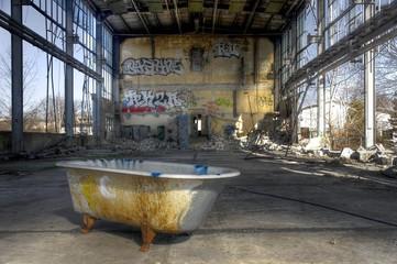 Alte verlassene Halle
