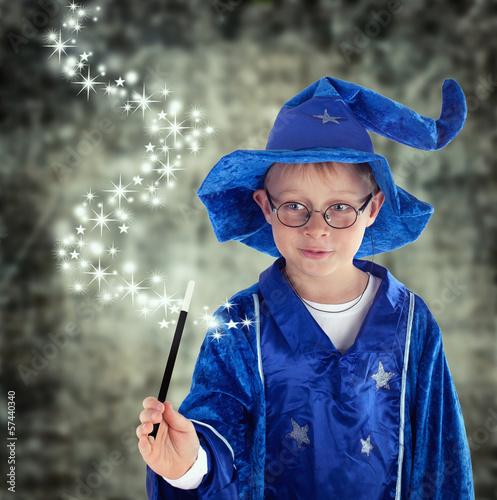 Plakát Zauberer mit magischen Kräften