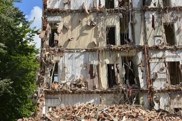 Edifio danneggiato da terremoto