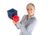 Frau mit Geschenken