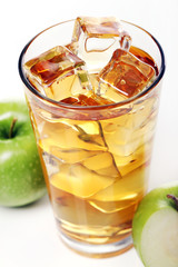 Apple juice with ice