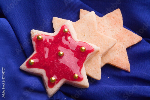 christmas star cookies with red jelly