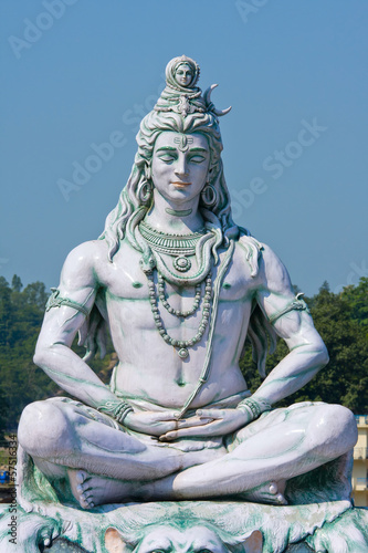 Fotobehang India Shiva statue in Rishikesh, India