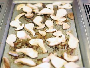 Pilze anbraten