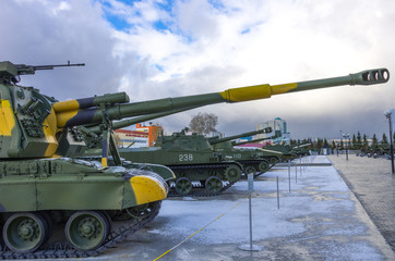 russian tanks ready to action