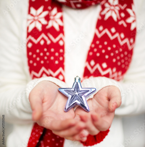 Holding star