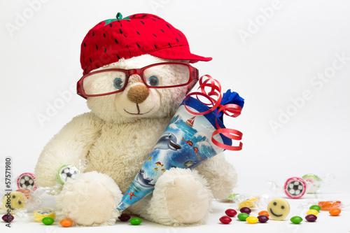 Teddy mit Schultüte und Süßigkeiten - 57571980