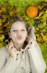 Kuss im Herbst