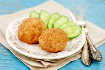 Chicken Meatballs Stuffed with Cheese and Dill