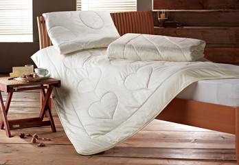 Kissen und Decke