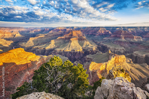 Fototapeta View of Grand Canyon with morning light