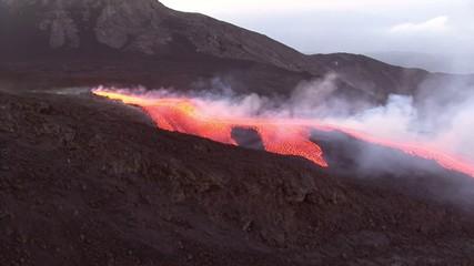 Flusso lavico - Etna eruzione 2008