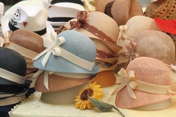 cappelli lavorati a mano