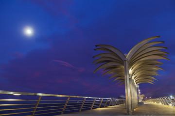 Alicante.Muelle de Levante.Luna llena.