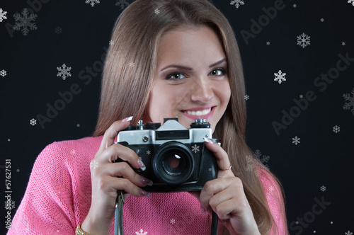 the girl with the old camera