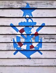Simbolo nautico su legno
