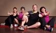 sportliche Gruppe - Daumen hoch