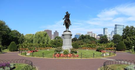 Bronze statue of George Washington in Boston Public Garden
