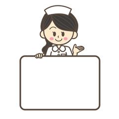 ホワイトボードを持つ看護師