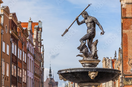 Tuinposter Fontaine Fountain of Neptune - the old town in Gdansk, Poland