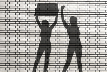 ombres de femmes militantes