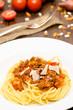 Spaghetti Bolognese im Hochformat