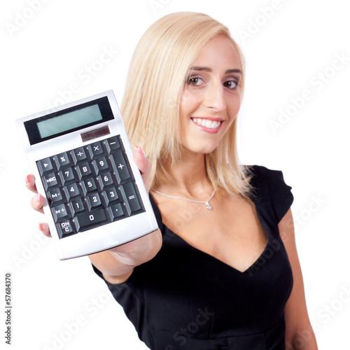 junge geschäftsfrau mit taschenrechner finanzen