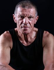 portrait homme 60 ans
