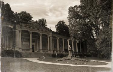 Baden-Baden Trinkhalle antik