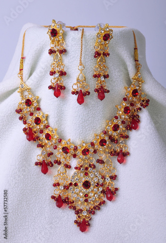 Indian jeweleries