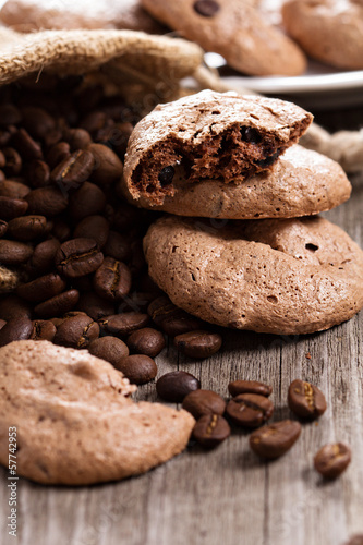 Chocolate espresso meringue cookies